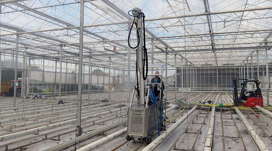 The Aquajet is a must have for any large horticulture operation