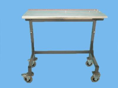 bundle cutter table including wheels and benchmark